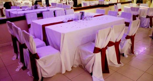 mesa rectangular para eventos