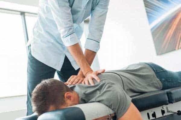 quiropractica como metodo para cuidar la espalda
